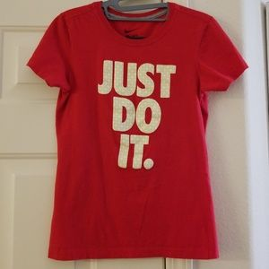 """Nike slim fit """"just do it"""" red tshirt. Size Small"""